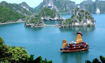Vietnam y Crucero por la Bahia de Halong